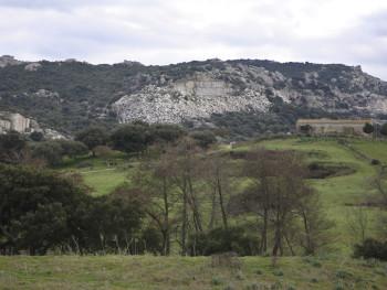 Cavi Localitài Santu  Linaldu - Cumunu di CaragnaniStazzu inghjriatu da li cavi di lu Granittu