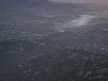 Fumaccia Localitài Monti Moro – Cumuni di Alzachena, Sant'Antoni di Gaddura, Caragnani, Tarranoa e TempiuVaddi di Santa Teresina, Pirazzolu e in fundu li Monti di Limbara