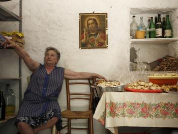 Capu Suprastanti Localitài Santa Riparata – Cumunu di Locusantu  Festa di campagna di Santa Riparata, Cucina, la Suprastanti ignitta comu punì li banchi pa gustà