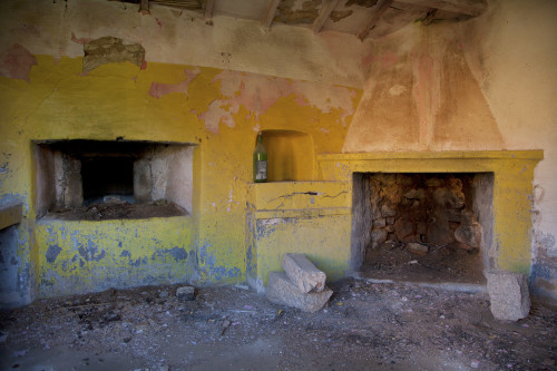 Cucina gialla San Pasquale, La Pastriccialedda - Comune di Tempio Pausania  Stazzu La Pastriccialedda, casetta del Forno
