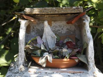 Madonnina Località Figaruja - Comune di Bortigiadas  Altarino alla Madonna
