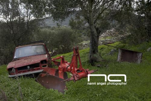 Red Fiat 127